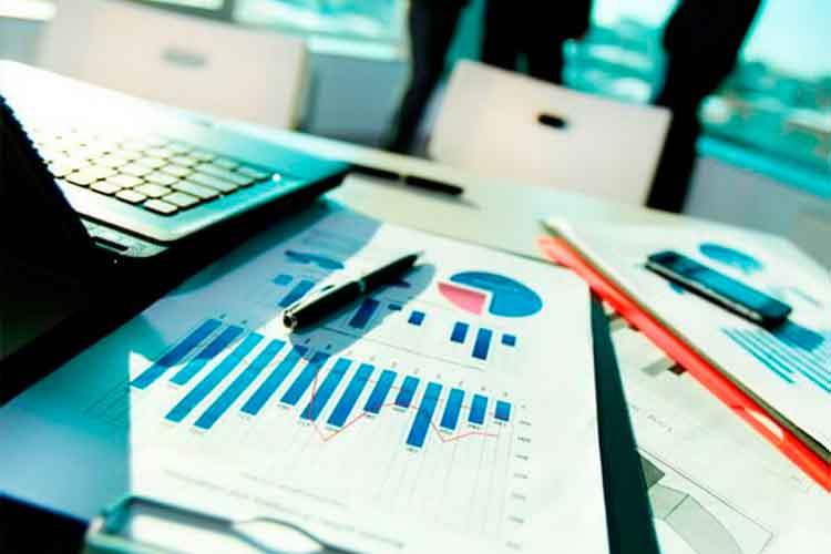«Не беспокойтесь, предприниматели!»  СEO Evodesk Вячеслав Золотухин рассказывает о том, как криптовалюта поможет малому бизнесу