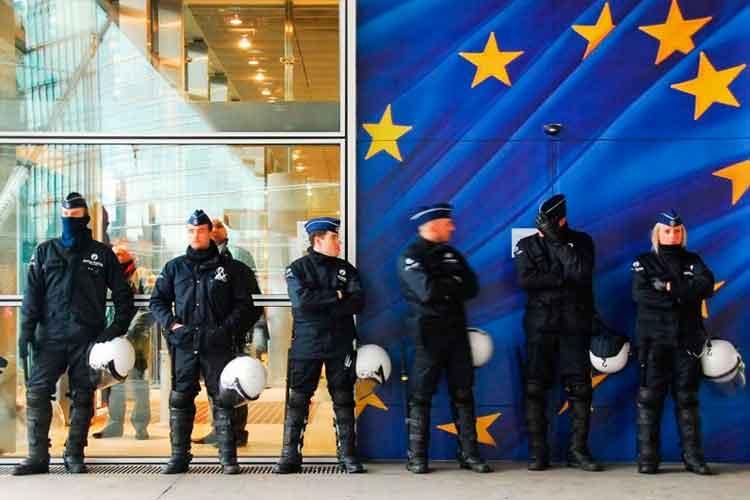 Европол накрыл преступную сеть, отмывающую средства от продажи наркотиков с помощью криптовалют
