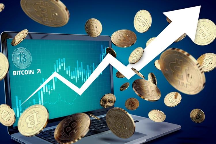 Цена биткоина достигла отметки в $7400